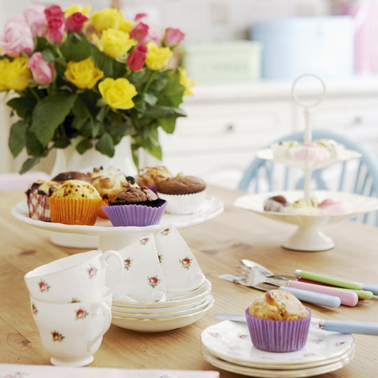 tableware - Vintage country home - country decorating ideas - decorating inspiration - image - housetohome.co.uk