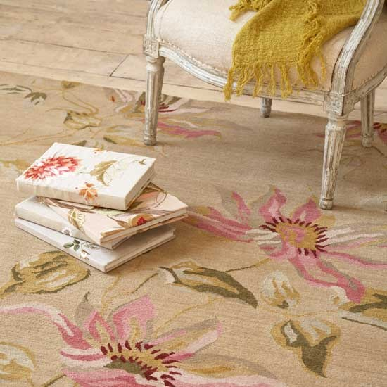 Perfect UK Floral Rug 550 x 550 · 77 kB · jpeg