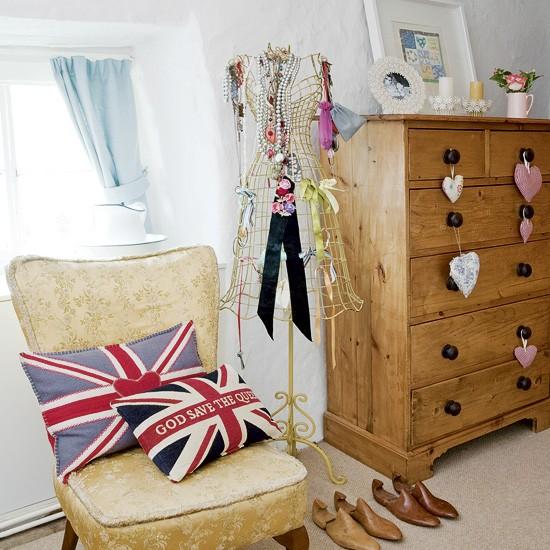 Dressing area in bedroom