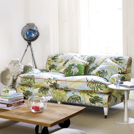 Patterned living room sofa for Patterned living room chair