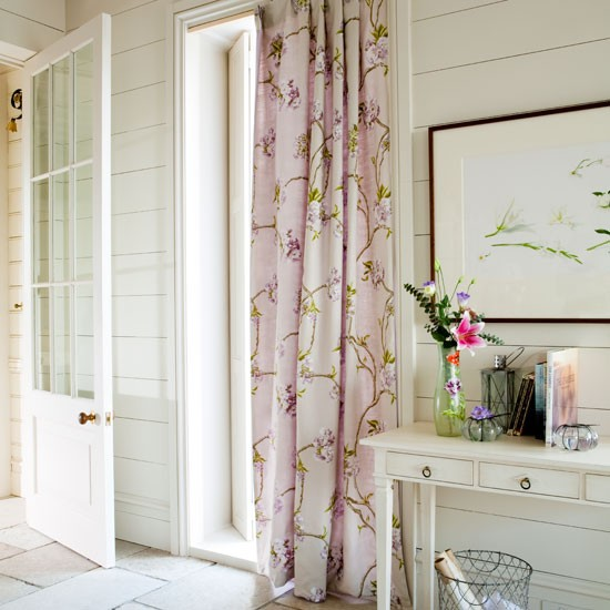 hallway window decorating ideas image
