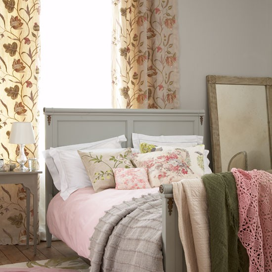 Country Bedroom Decorating Ideas Beds Housetohome Co Uk