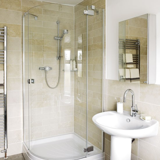 Classic small bathroom bathroom ideas image for Neutral bathroom ideas
