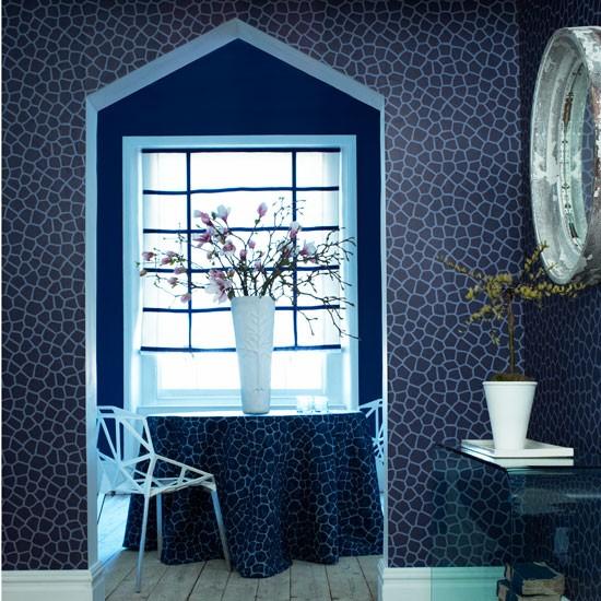 Midnight blue hallway | Hallways | Wallpapers | Image | Housetohome