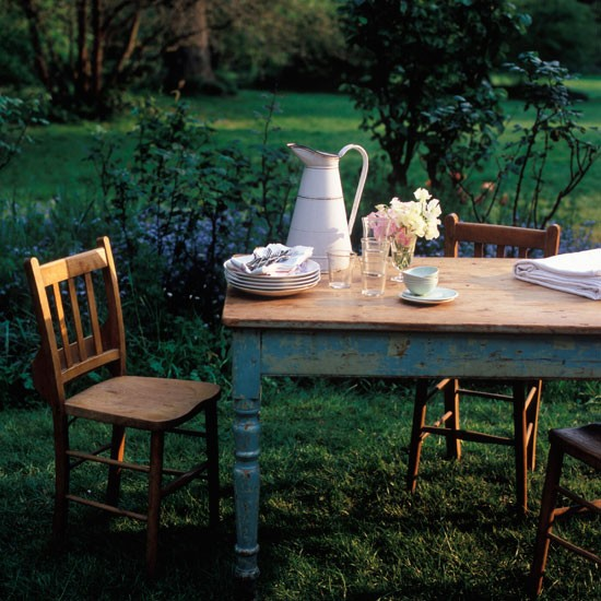 Garden ideas  Garden furniture  Rustic table  Country garden ideas