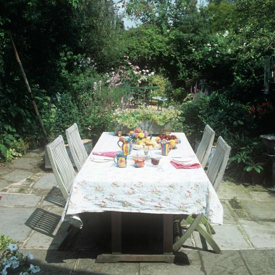 Country garden table | Garden ideas | Image | Housetohome