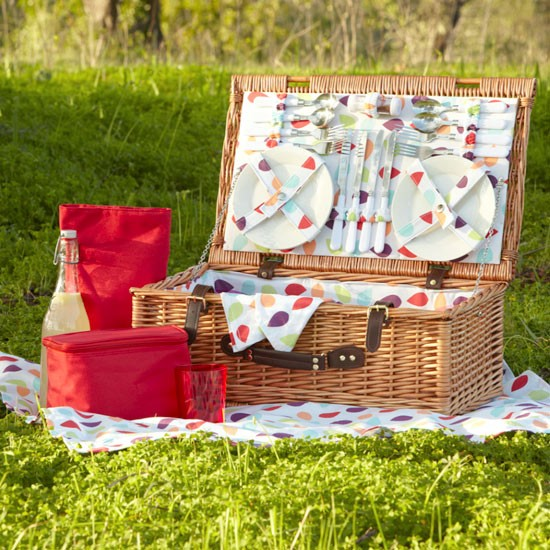 Picnic baskets | Picnic hamper | Summer eating | PHOTO GALLERY | Housetohome.co.uk