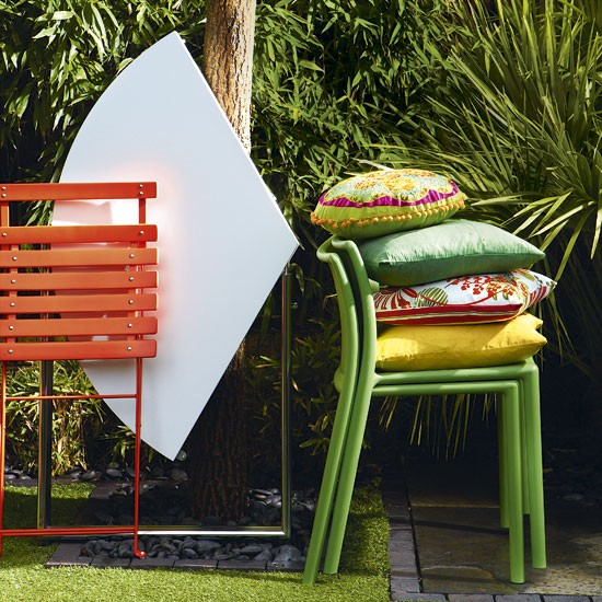 Choose folding furniture | Small garden ideas | Garden design ideas | Garden | PHOTO GALLERY | Housetohome.co.uk