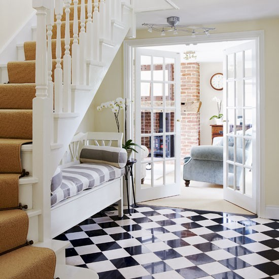 Classic hallway | Hallway decorating | Image | Housetohome