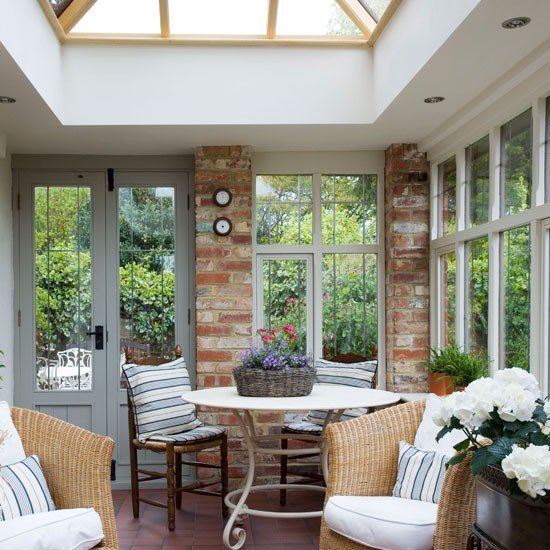 Conservatory interior design ideas beautiful home interiors for Conservatory dining room design ideas