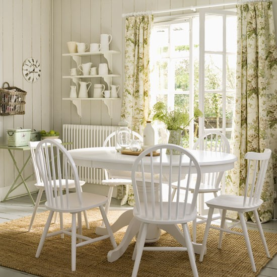 Vintage style dining room dining room furniture for Retro dining room ideas