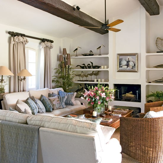 Colonial-style living room | Living room ideas | image
