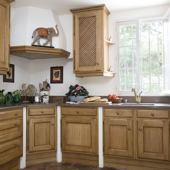 Rustic country kitchen kitchen designs wooden kitchens for Country rustic kitchen ideas