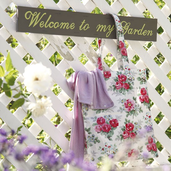 Country Garden Decorating Ideas Photograph | Country garden