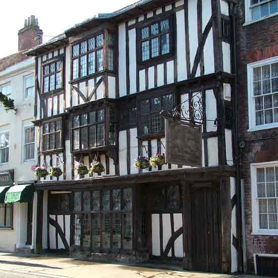 Best places to live in the UK | Canterbury | Popular cities | PHOTO GALLERY | Housetohome.co.uk