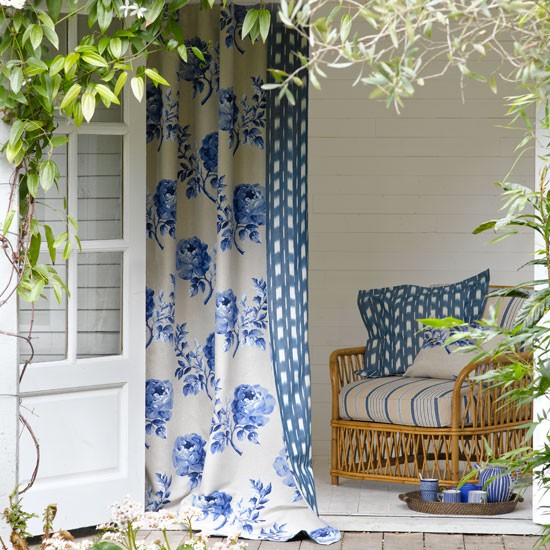 Relaxed garden summer house | Garden decorating ideas | Summer ...