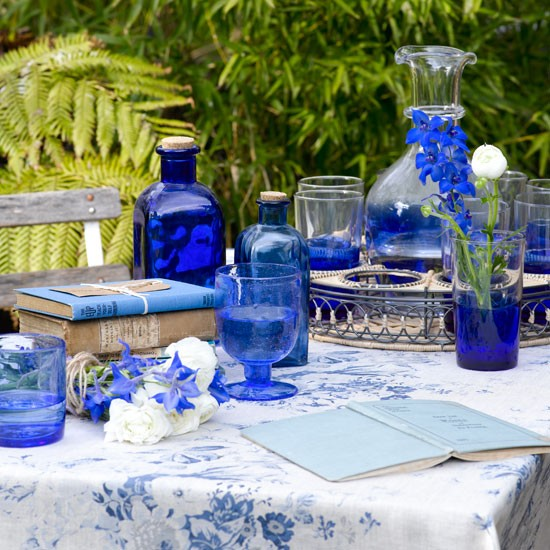 Blue garden tableware | Alfresco dining | Image | Housetohome.co.uk
