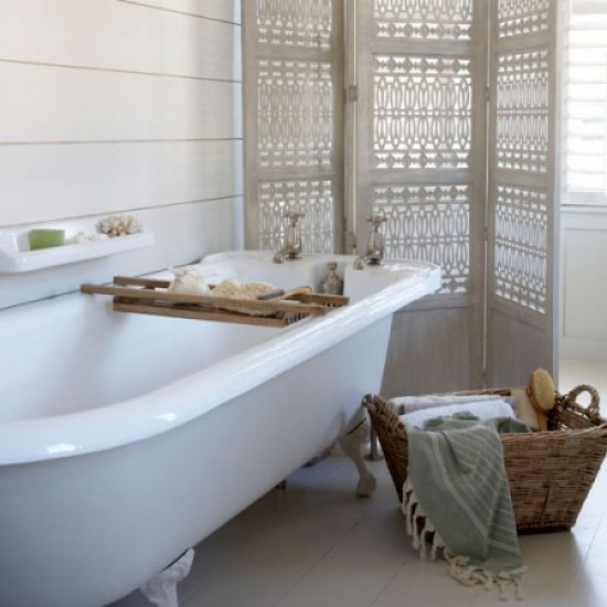 Cool, calm bathroom | Neutral bathrooms | Image | Housetohome.co.uk