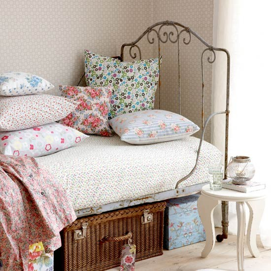 Ditzy floral fabrics | Bedroom ideas for teenage girls | Decorating ideas for girls rooms | PHOTO GALLERY | Housetohome