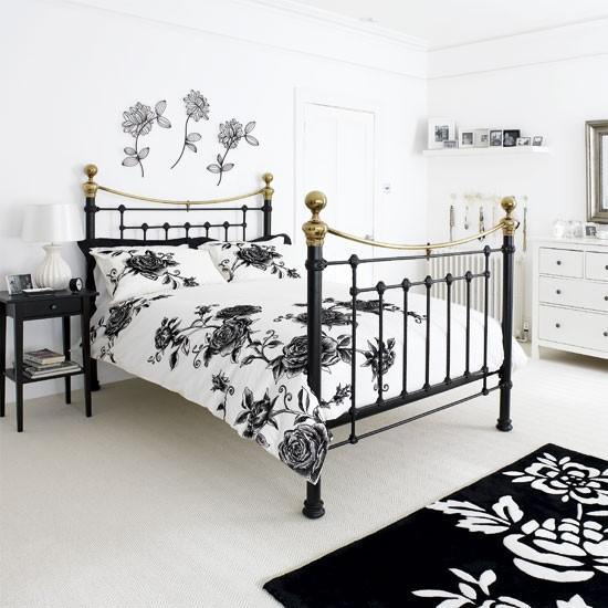 Monochrome Bedroom Decorating