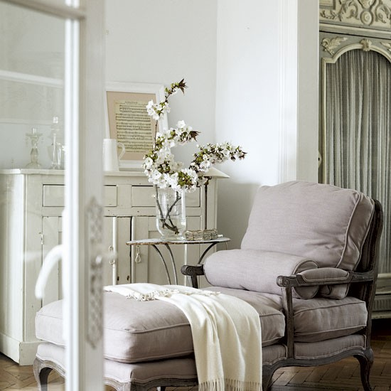 Classic french style living room living room ideas for Living room in french