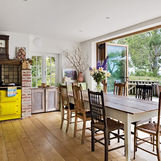 Kitchen-diner with garden view | Kitchen-diner ideas | image | housetohome.co.uk
