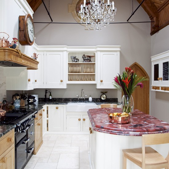 Old fashioned kitchen | Traditional kitchens | Image | Housetohome.co.uk