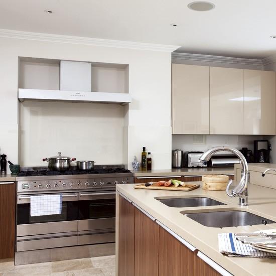 Cream kitchen   Kitchen designs   Image   Housetohome.co.uk