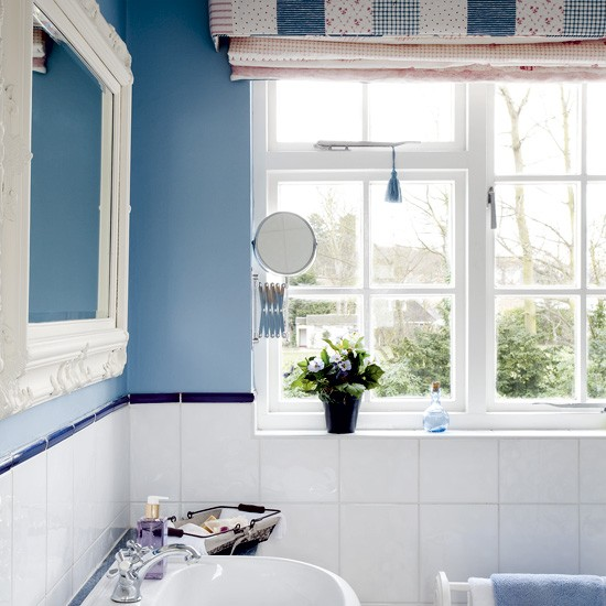 Blue bathroom with white fittings | Bathroom designs | image