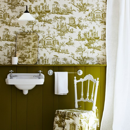 Bathroom with toile wallpaper bathroom designs basins for Bathroom wallpaper patterns