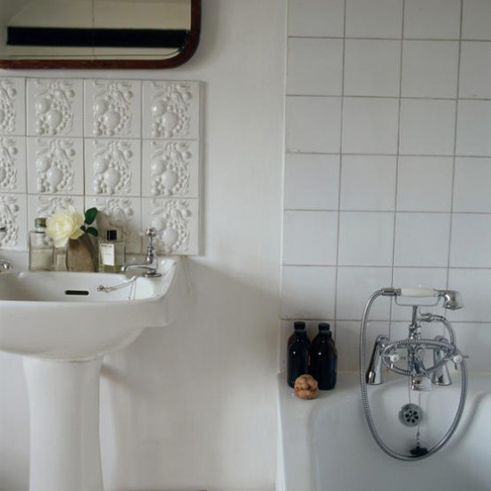 White bathroom | Mixed tiles | Image | Housetohome.co.uk