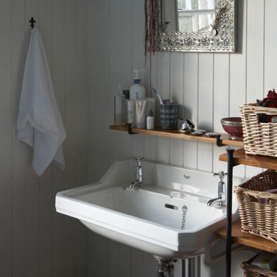Bathroom With Vintage Basin Rustic Bathroom