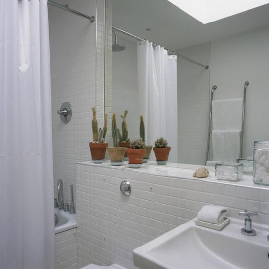 White tiled bathroom | Bathroom | image