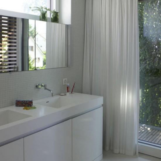 Sleek bathroom | Decorating ideas | Image | Housetohome.co.uk