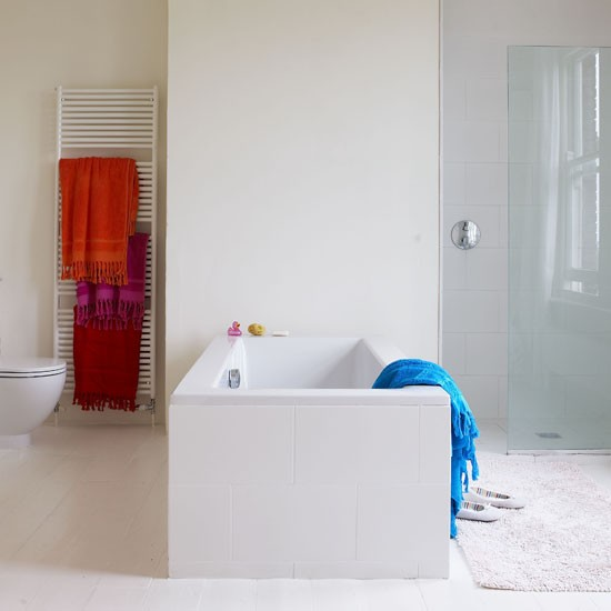 Bathroom designs | Bright accents | Image | Housetohome.co.uk