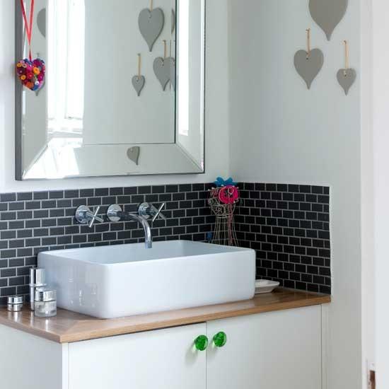 Romantic modern bathroom | Bathroom decorating ideas | Image | Housetohome.co.uk