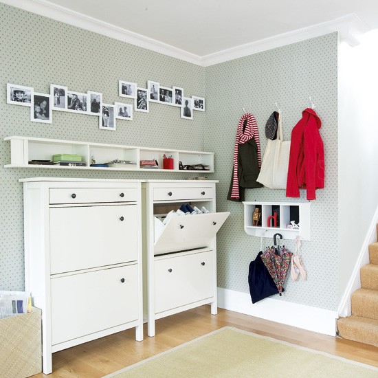 Modern hallway storage hallway storage ideas shoe for Muebles para entradas ikea