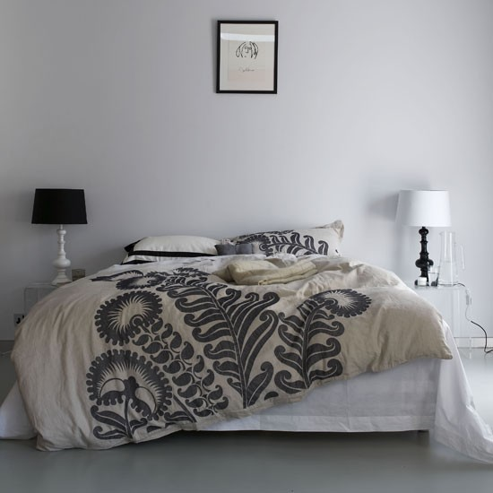 Modern black and white bedroom | Bedroom designs | Image