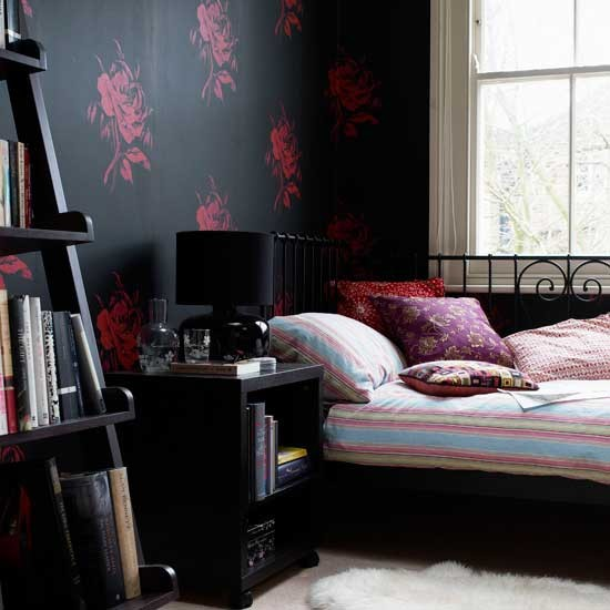 Bedroom with black wallpaper bedroom wallpapers for Bed wallpaper design