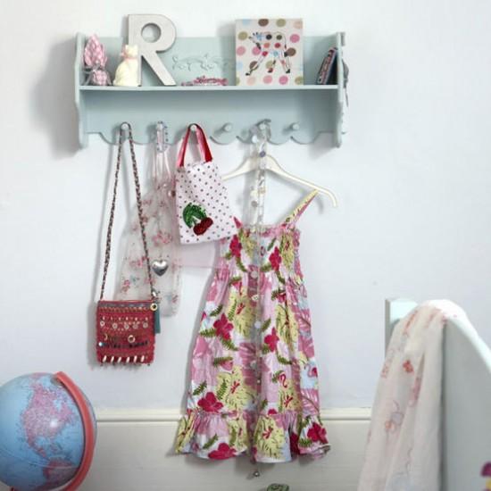 Feature shelf in child's bedroom   Child's bedroom storage   Image