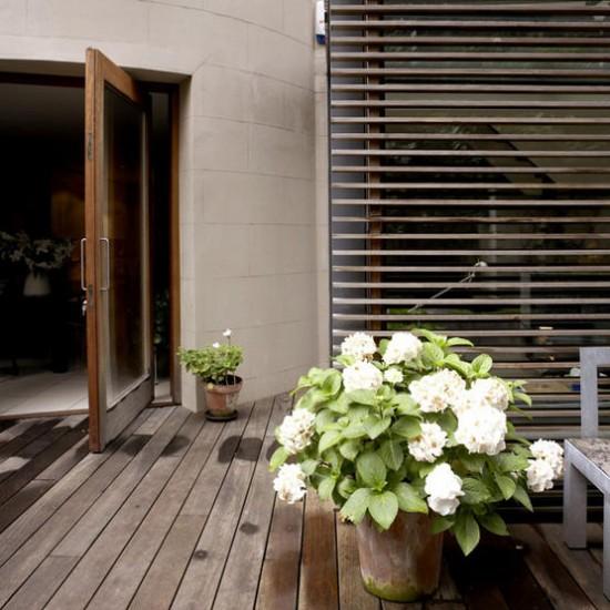 Modern garden decking | Garden design | Image