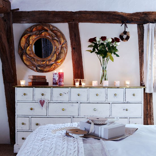 Decorate with candles country christmas decorating ideas for Country homes and interiors christmas