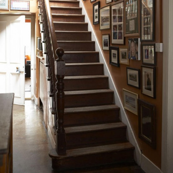 Traditional hallway with framed pictures | Hallway designs | Frames | Image | Housetohome.co.uk