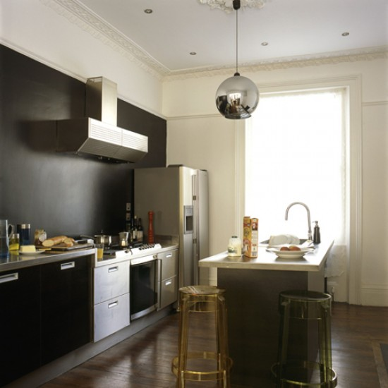 Streamlined modern kitchen | Kitchen design | Cooker hood | Image | Housetohome.co.uk