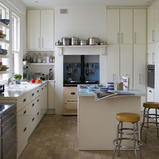 Modern retro kitchen kitchen design idea aga for Vintage kitchen units uk
