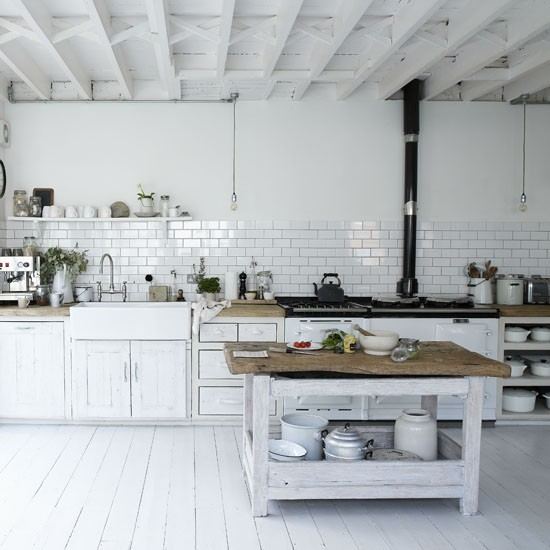 White kitchen with classic features | Kitchen ideas | Kitchen sink | Image | Housetohome.co.uk