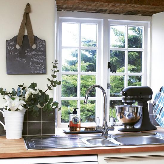 Country kitchen sink   Kitchen   Image
