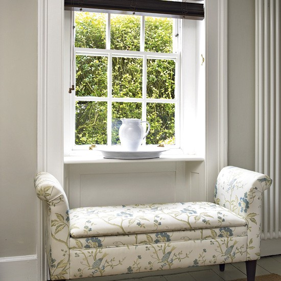 Hallway window seat | Hallway | Hallways - 10 of the best | Decorating idea for hallways | PHOTO GALLERY | Housetohome
