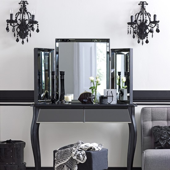 Dressing Room Wall Lights : Luxurious dressing table Bedroom Dressing table housetohome.co.uk