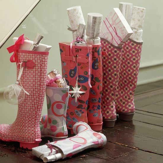 Create a unique stocking | How to decorate your hallway for Christmas | Christmas decorating ideas | PHOTO GALLERY | Housetohome